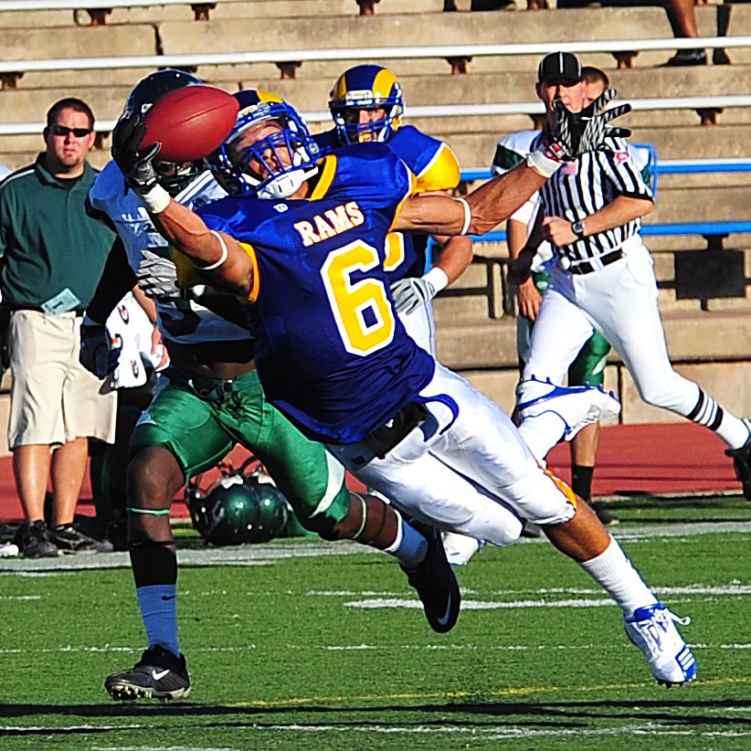 Carter Rams Hold Off Eastern New Mexico 41 38 Official Athletics